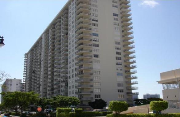 Winston Towers 200 #6