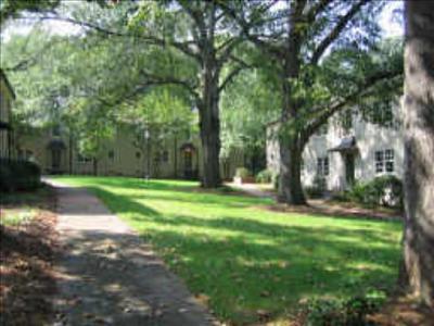 Courtyard On Kirkw, 190 Kirkwood Rd #3