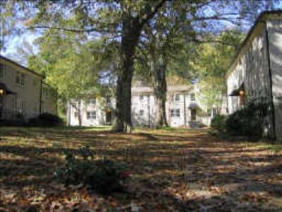 Courtyard On Kirkw, 190 Kirkwood Rd #2