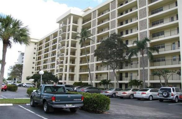 Palm Aire Country Club Condominiums #10