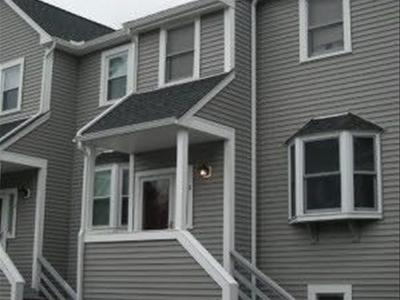 Foxborough, MA Condos for Sale, Apartments: Condo com™